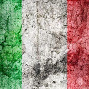 Bandiera Italiana sgretolata - Patrioti per un giorno - The Unconditional Blog