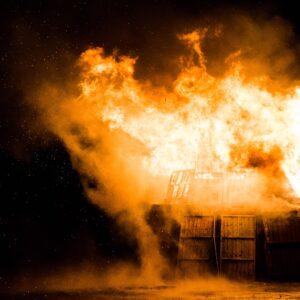 e se la casa brucia