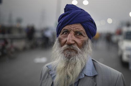 india protesta contadini